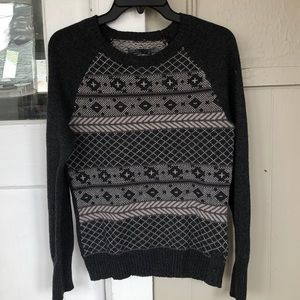 Prana gray and off white crew neck sweater size M
